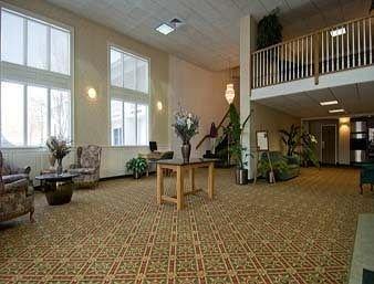 фото Days Hotel & Conference Center Methuen 372351406