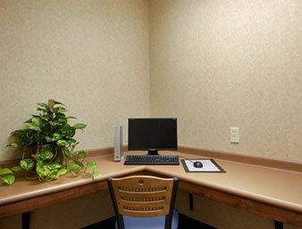 фото Baymont Inn & Suites - Madison 372366545