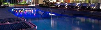 фото The Chelsea Hotel 372409695