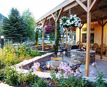 фото Flying Saddle Resort 372673567