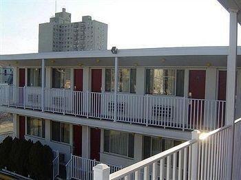 фото Passport Inn Motel 373206128