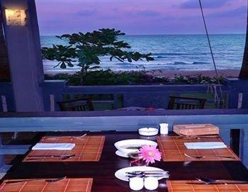 фото Tropicana Beach Resort 373262538