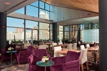 фото World Center Hotel 373424885