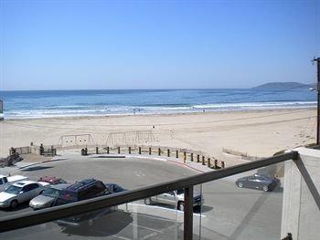 фото Beach House Inn & Suites 373431564