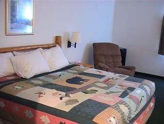 фото Days Inn New Florence 373464047