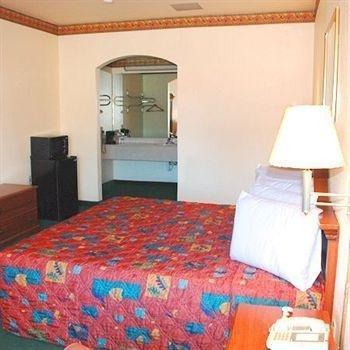 фото Budget Inn San Augustine 373490567