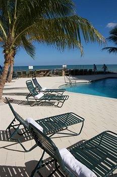 фото Surf Club Hotel 373571720