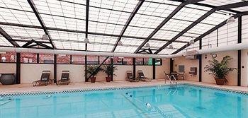 фото Hyatt Place Des Moines Downtwn 373751449