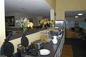 фото The Pinnacle Lodge 373778112