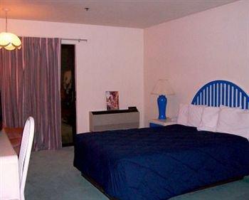 фото Wedge Mountain Inn 373919453