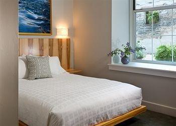 фото Ledges Hotel 374374064