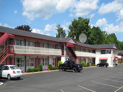фото Red Carpet Inn Endicott 414006157