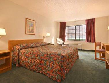 фото Super 8 Motel - Sulphur 414063038