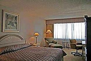 фото Hotel Dallas Mockingbird 414077042