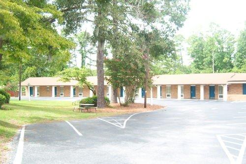 фото America`s Best Inn & Suites Wilmington 414124508