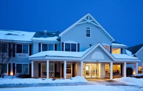 фото Country Inn & Suites Chippewa Falls 414227411