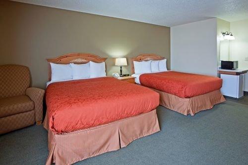 фото Country Inn & Suites Chippewa Falls 414227412