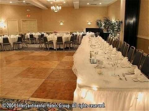 фото Holiday Inn Sunspree Resort 414232074