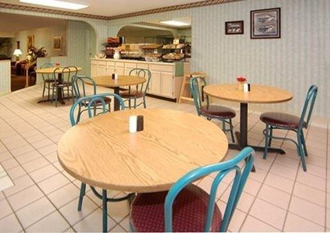 фото Comfort Inn Oakwood 414259969