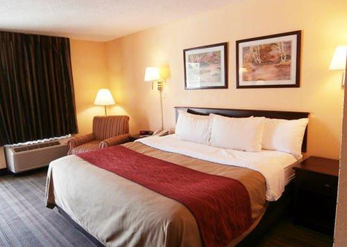 фото Comfort Inn 414328313