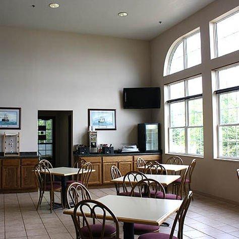 фото MAGNUSON GRAND HOTEL LAKEFRONT 414450801