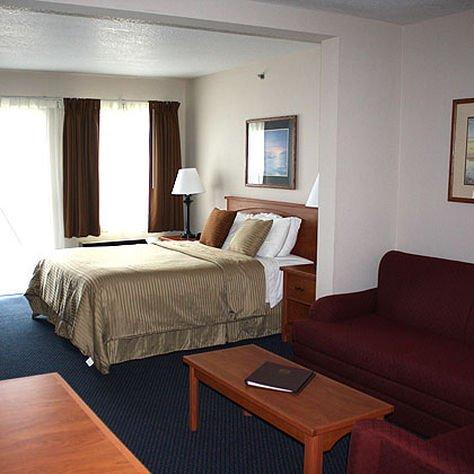 фото MAGNUSON GRAND HOTEL LAKEFRONT 414450802