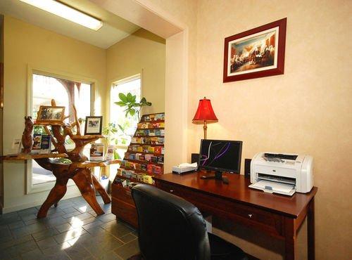 фото BEST WESTERN General Nelson Inn 414463448