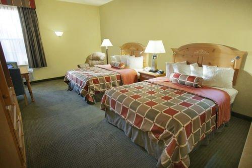фото Best Western Plus Revere Inn & Suites 414464270