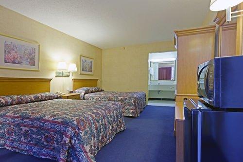 фото Americas Best Value Inn 414469099
