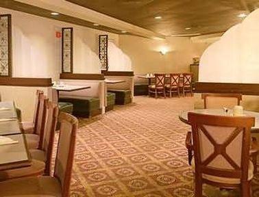 фото CINCINNATI NORTH HOTEL 414574789