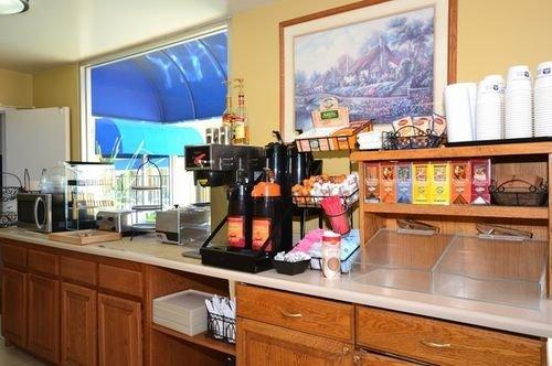 фото Best Western Canoga Park Motor Inn 414672821
