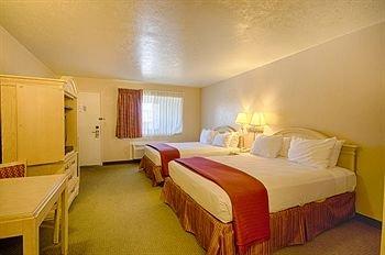 фото Pacific Inn Monterey 414673008