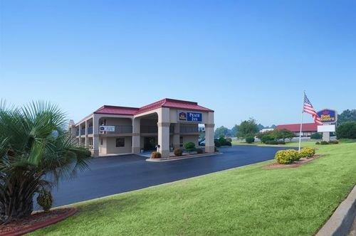 фото Best Western Peach Inn 414681324