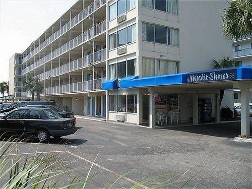 фото Majestic Shores Oceanfront Inn 414732670