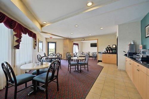 фото Best Western PLUS Howe Inn 414737736