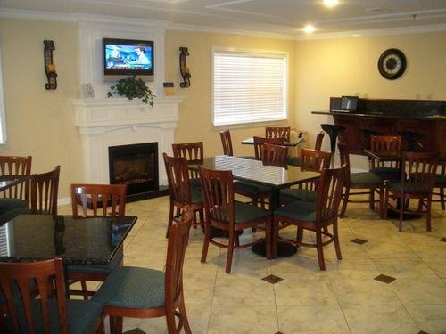 фото Best Western Pineywoods Inn 414747030
