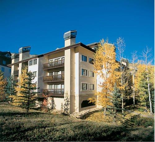фото St James Place Resort 414762008
