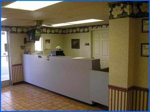 фото Regency Inn & Suites - Millington 414851590