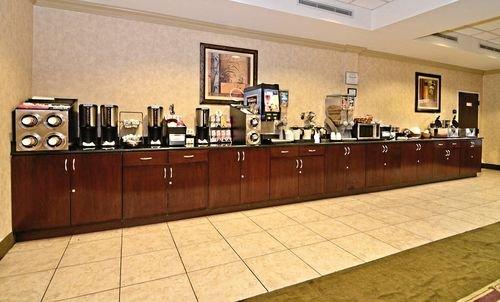 фото Best Western Riverview Inn & Suites 414948125