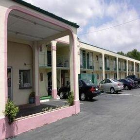 фото Albany 8 Inn 414951780