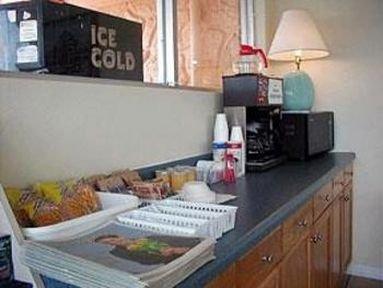 фото Rodeway Inn Fort Pierce 414979820