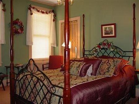 фото Deutsche Strasse (German Street) Bed and Breakfast 414987970