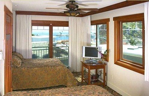 фото THE AVALON HOTEL 415051980