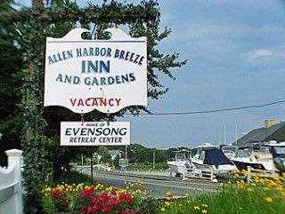 фото Allen Harbor Breeze Inn Garde 415158798