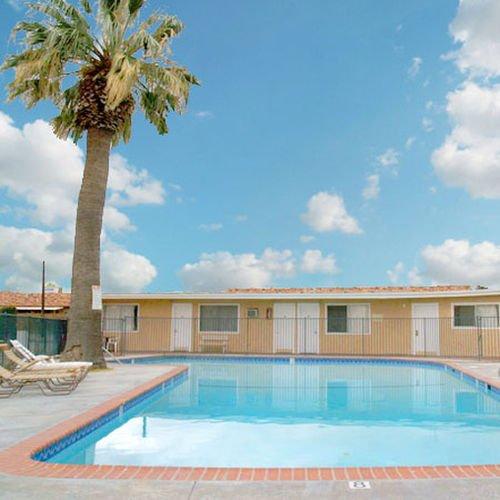 фото Tropic Motel Lancaster 415287748