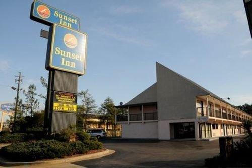 фото Sunset Inn - Augusta 415295277