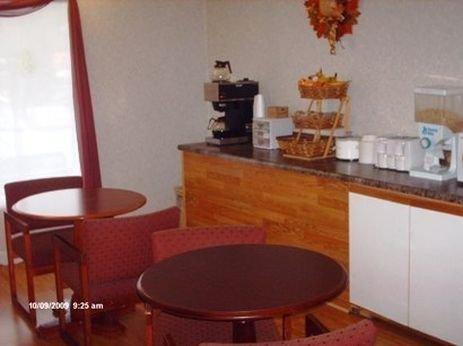 фото Vista Inn Oak Ridge 415307387