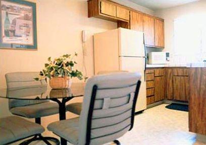 фото Quail Hollow One Furnished Apartments 415312028