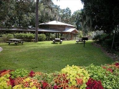 фото East Lake Inn 415326530