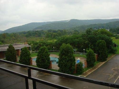 фото Econo Lodge Hotel 415359122